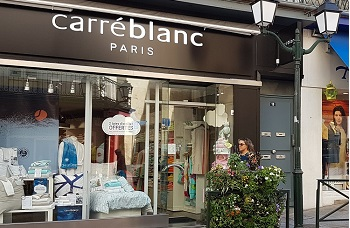 Carr blanc d co maison laval for Decoration maison laval